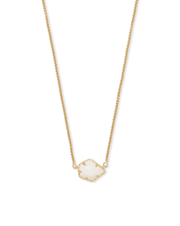 Tess Necklace in Gold