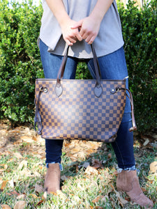 Feeling Like Designer Purse and Wallet Set in Brown