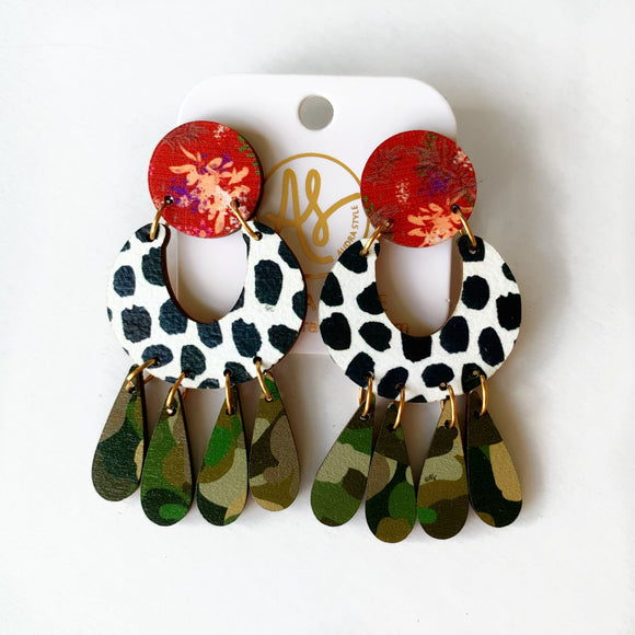 The Gayle Earrings in Red Sweetgrass and Camo