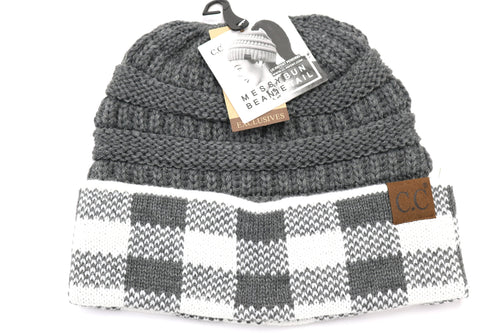 Buffalo Check Beanie in White and Light Grey