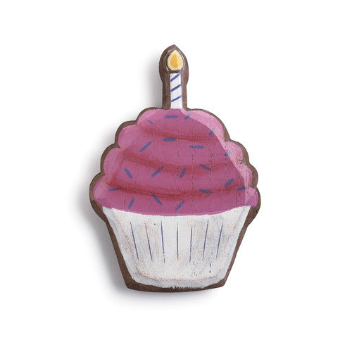Magnetic Token in Cupcake