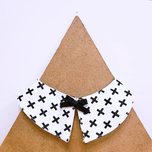 Pet Collar Black and white Cross With Bow