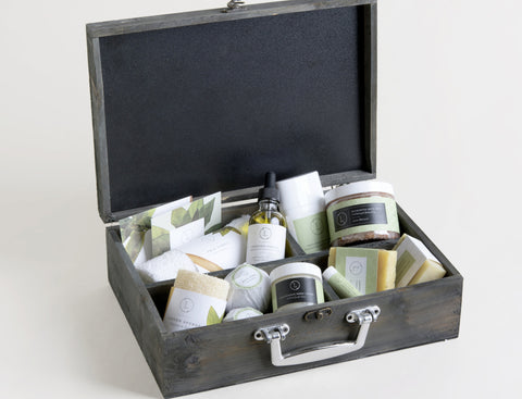 Bath and Grooming Gift Set For Him - FREE SHIPPING!