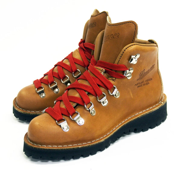 Women's Danner Mountain Light Cascade