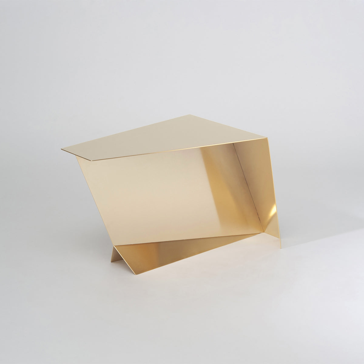 PEGASUS GOLD, Coffee table//Table basse, O6D ATELIER  - SORS