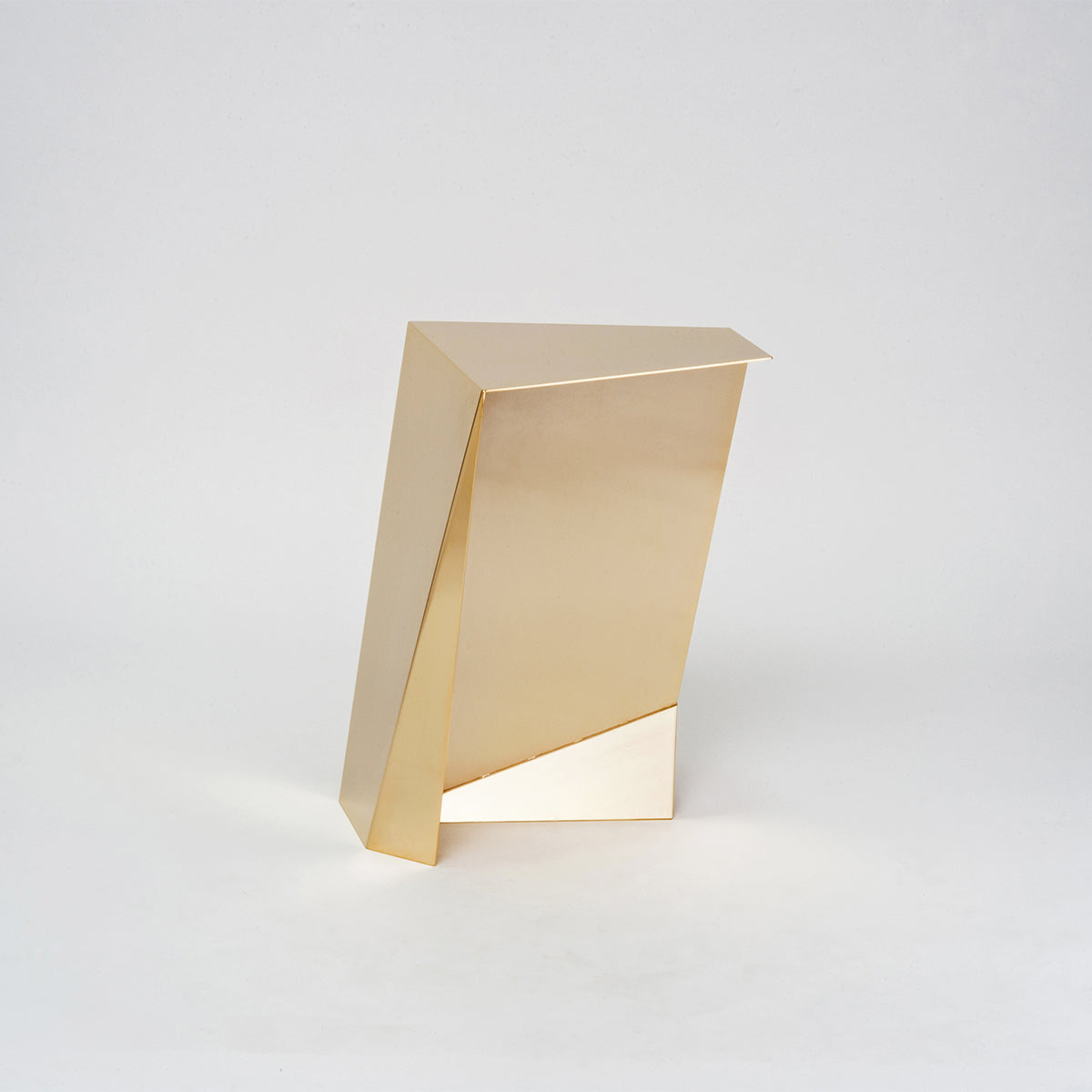 PERSEUS GOLD, Side table//Table d'appoint, O6D ATELIER  - SORS