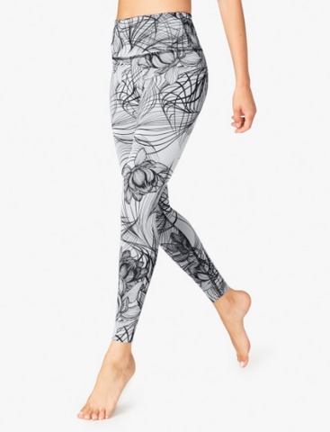 Beyond Yoga - Reversible Legging - Lotus / Black