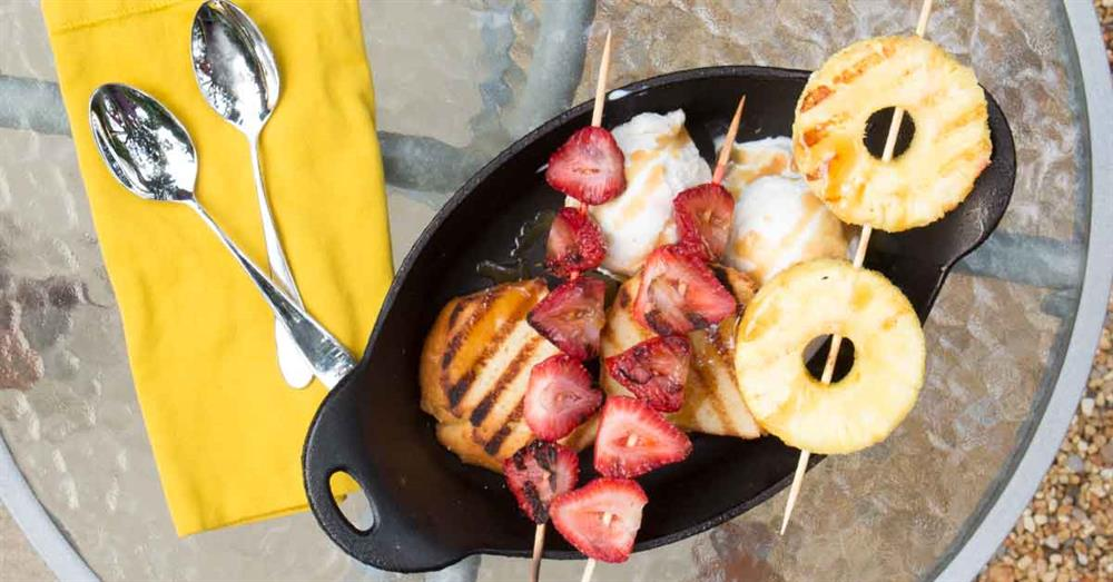 GRILLED POUND CAKE ICE CREAM SUNDAE