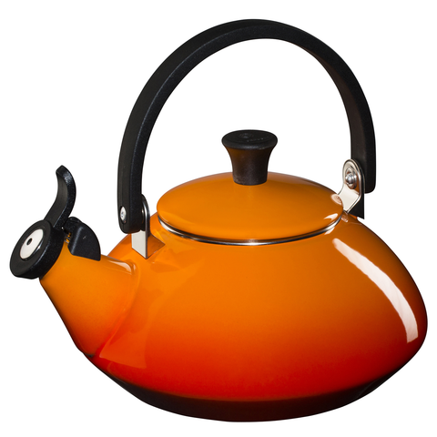 LE CREUSET 1.6-QUART ZEN KETTLE, FLAME