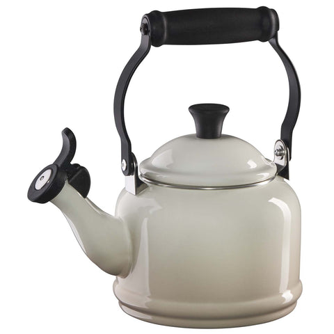 LE CREUSET 1.25-QUART DEMI KETTLE - MERINGUE