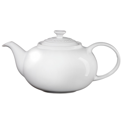 LE CREUSET 1.4-QUART TRADITIONAL TEAPOT - WHITE
