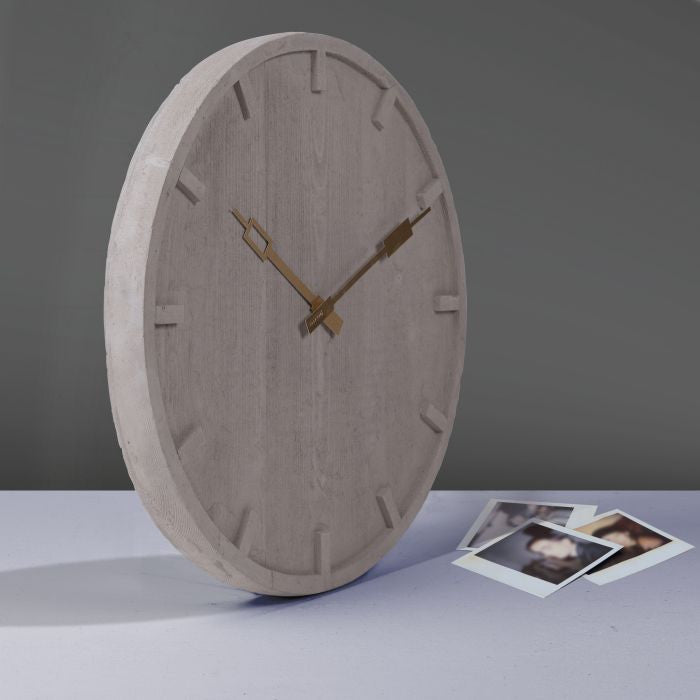 Memento - Cement Clock