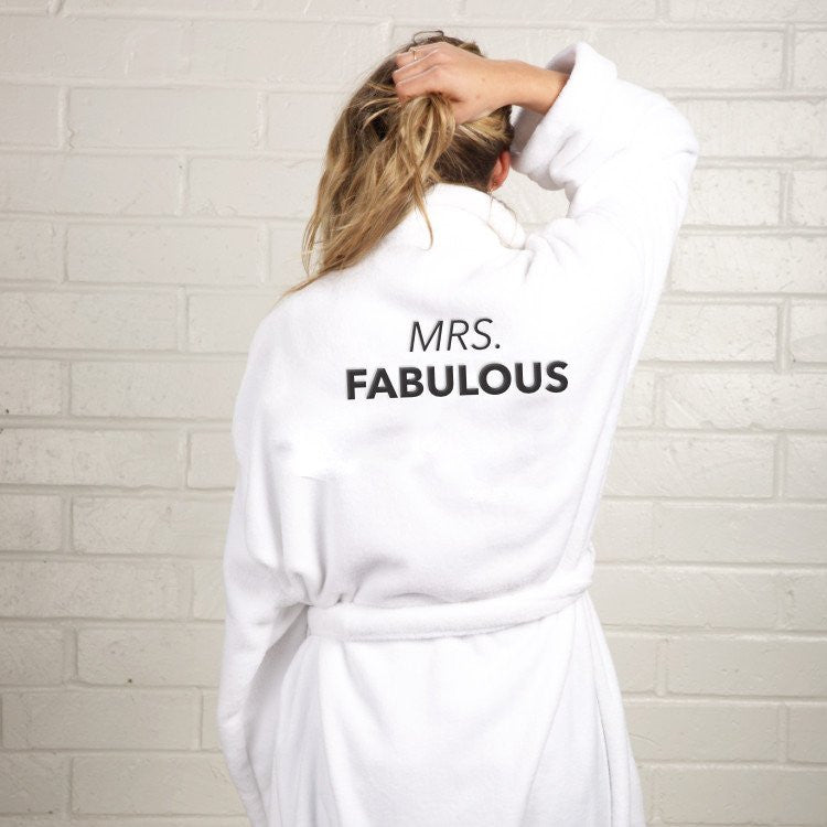 MRS. FABULOUS ROBE
