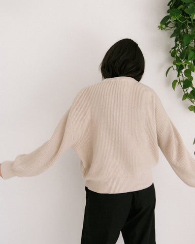 7115 by Szeki Poet Sleeves Ribbed Sweater