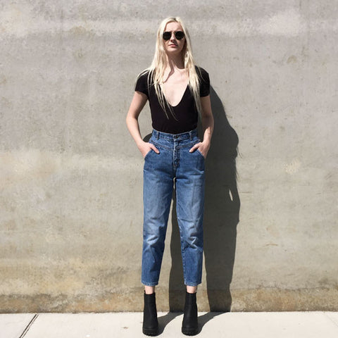 VINTAGE - Calvin Klein High Waisted Cropped Jean