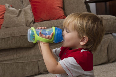 EazyHold Silicone grip on the baby bottle helps infant to hold the sippy cup