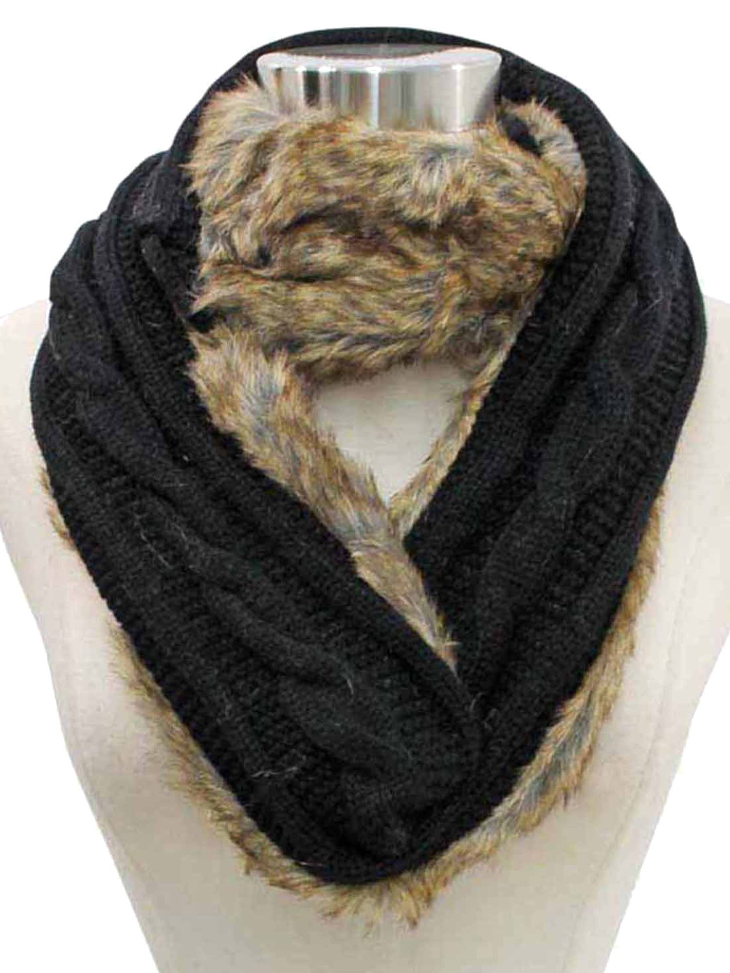 Cable Knit Infinity Scarf With Faux Fur Lining