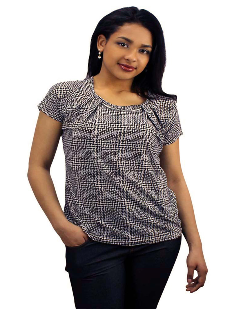 Women's Top With Silver Toned Necklace