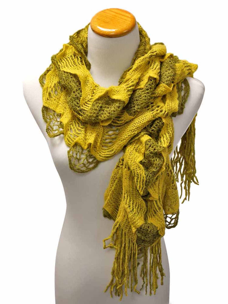 Feminine Ruffled Knit Winter Scarf With Fringe