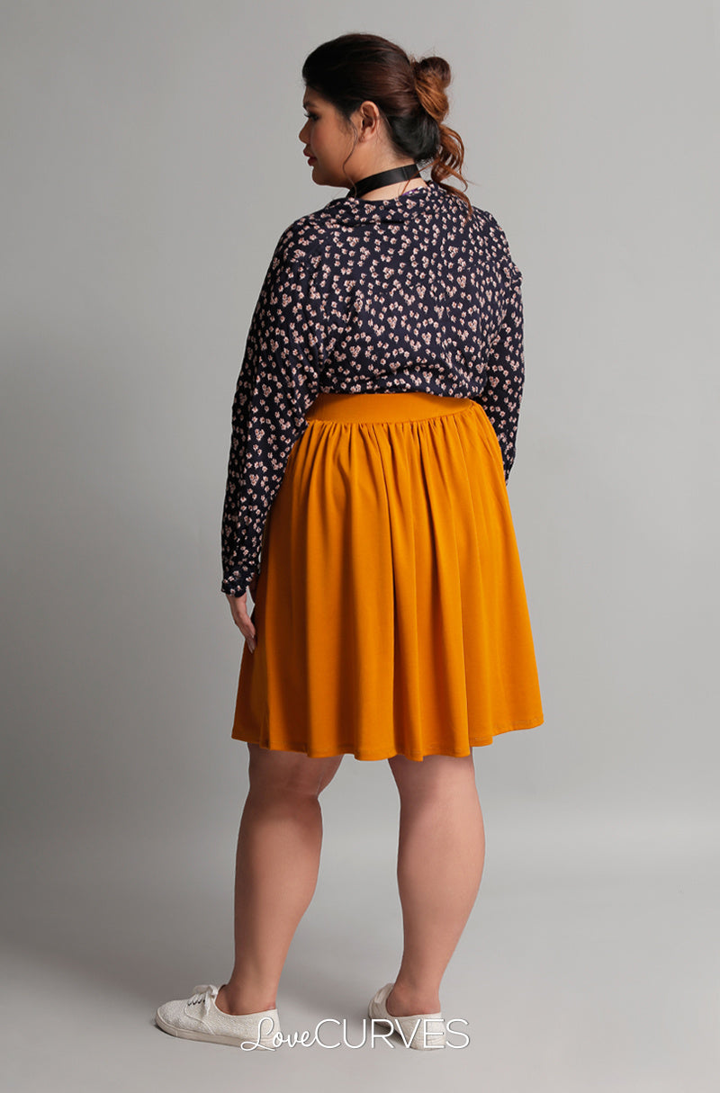 Pleated Skirt with Side Pockets and Belt - Mustard - GRA