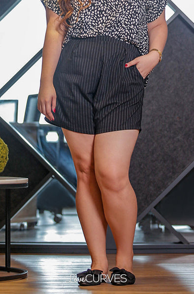 Basic Shorts with Pockets - Striped Black