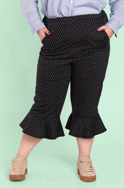Frill Hem Cropped Pants with Side Pockets - Black Diamonds - OLI
