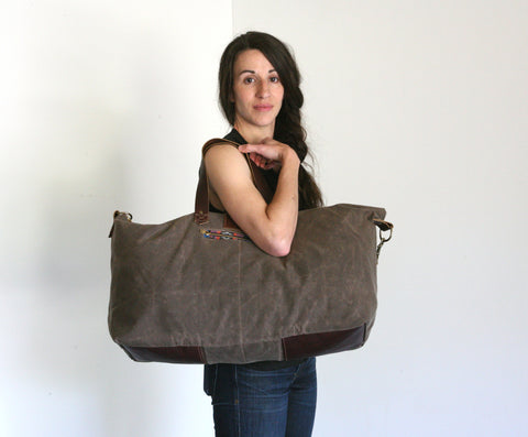 Waxed Canvas Weekend Bag - Walnut