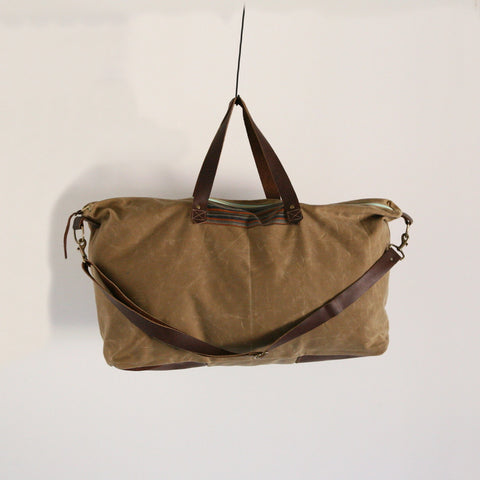 Waxed Canvas Weekend Bag - Soft Brown