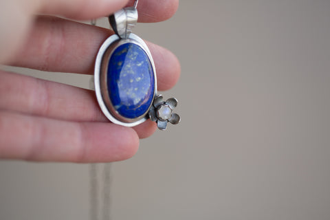 Lapis Lazuli and Moonstone Flower Necklace