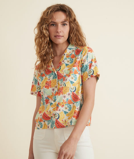 Lucy Resort Shirt in White Fruit Print
