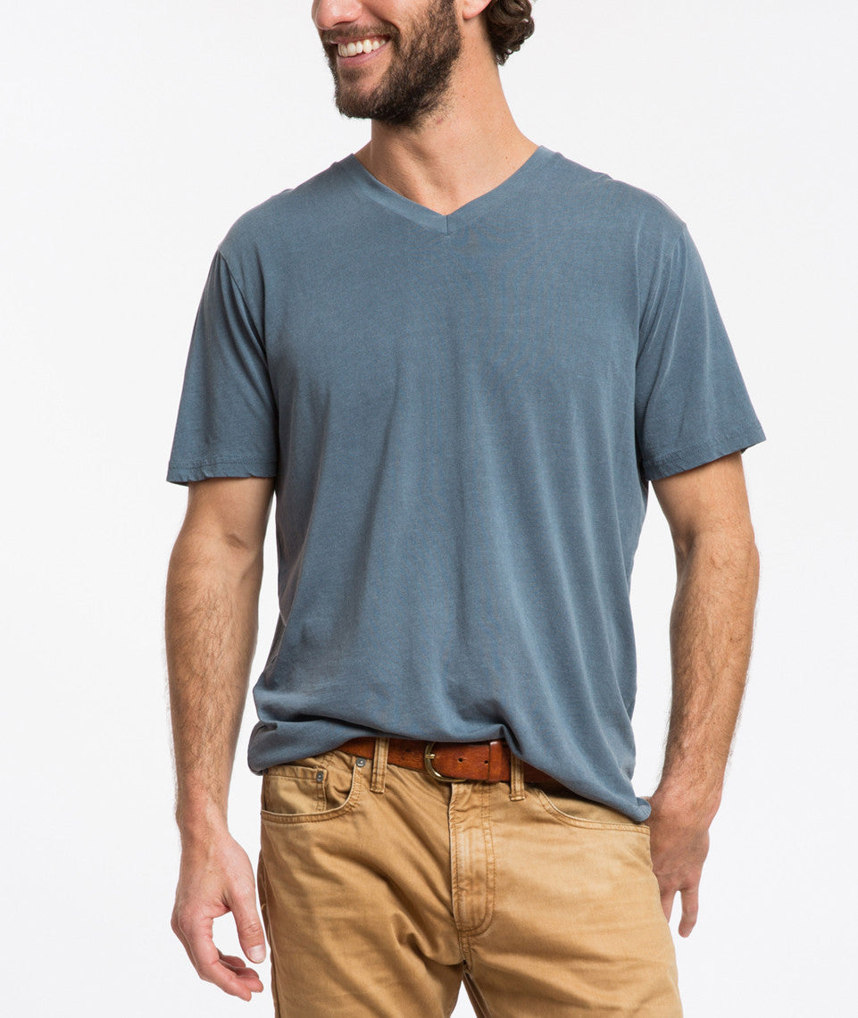 Signature Pigment Dye V-neck - Real Teal