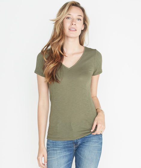 V-Neck in Admiral Green