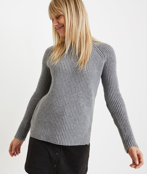 Delaney Pullover in Mid Heather Grey