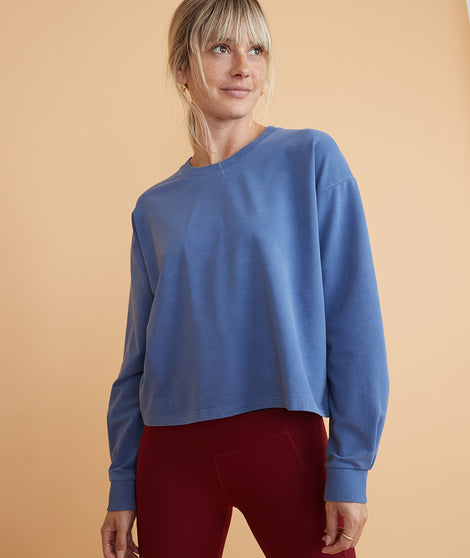 Tate Crop Sweatshirt in Marlin