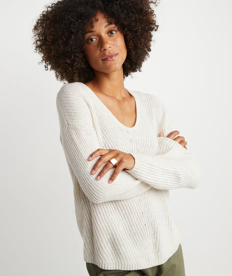 Elisa Pullover in Winter White Heather