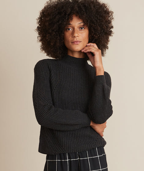 Erin Turtleneck Sweater in Black