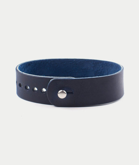 Form.Function.Form Leather Watch Band in Navy Suede