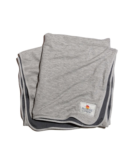 Signature Lined Blanket in Heather Grey/Asphalt Grey