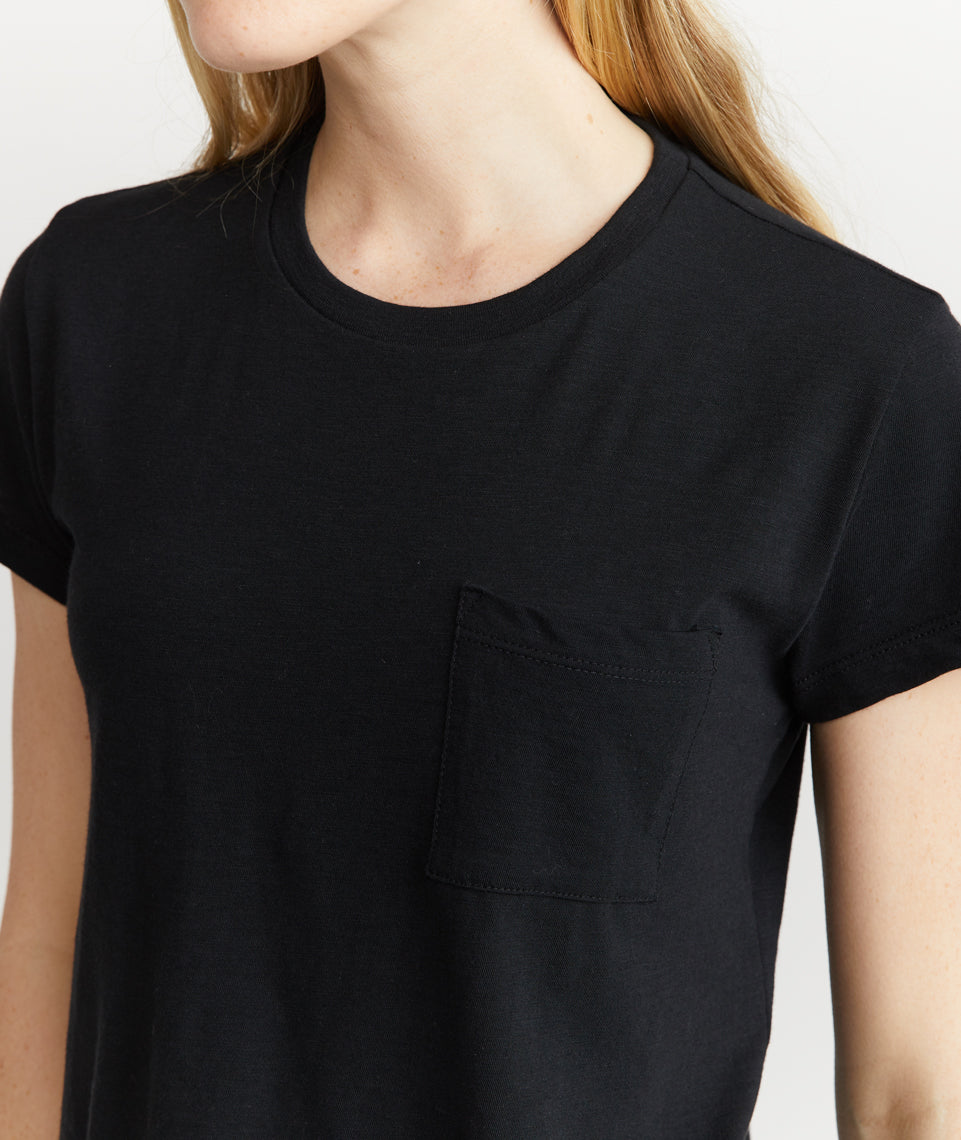 Crop Classic Crewneck in Black