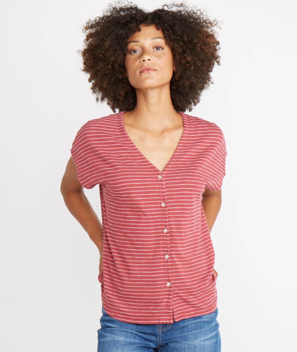 Blakely V-Neck in Rosewood