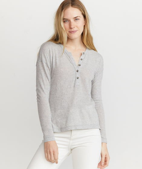 Cait Lightweight Henley in Heather Grey