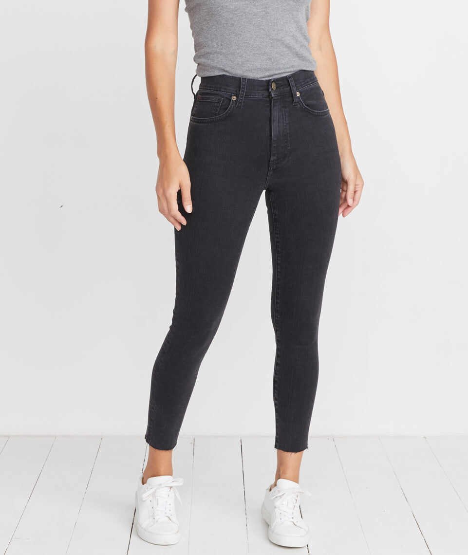 High Skinny Jean in Washed Black