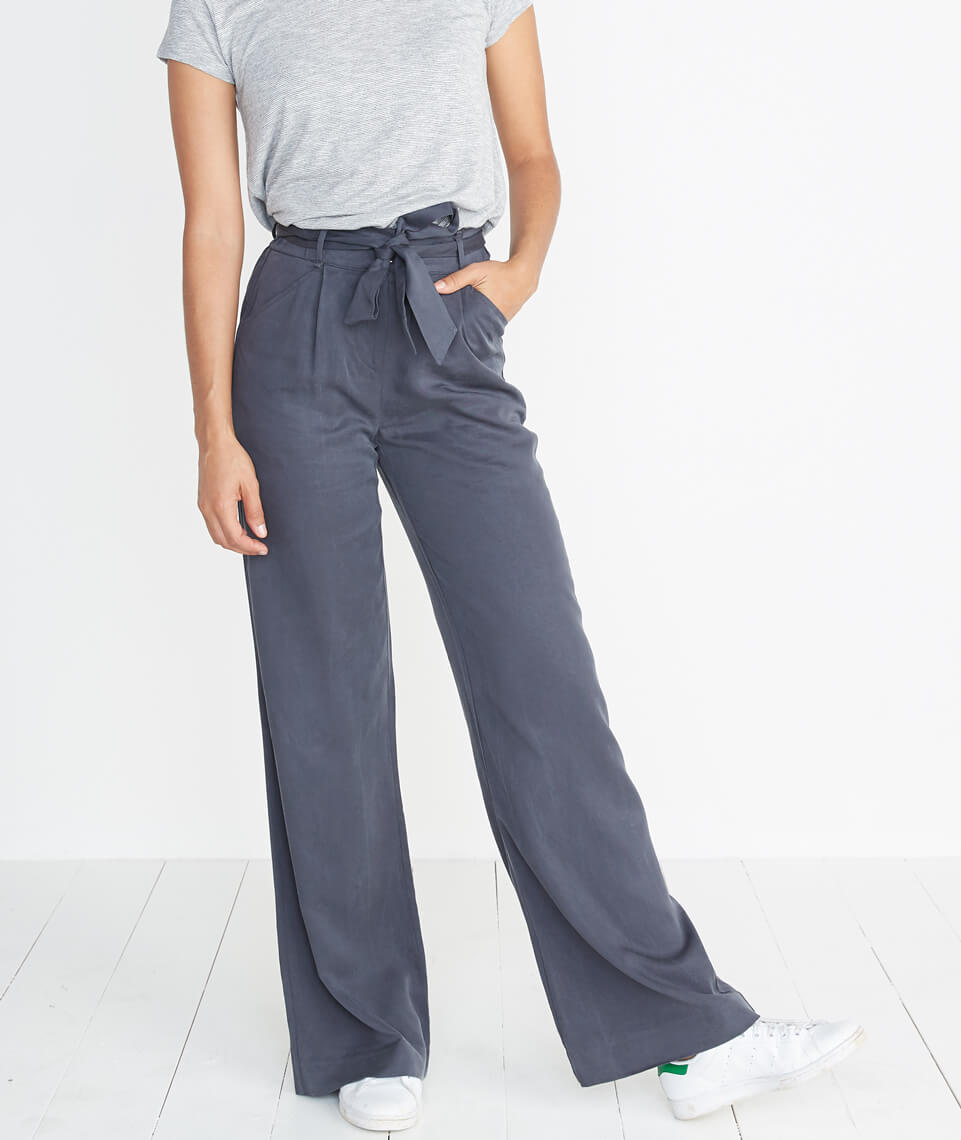 Ivy Wide Leg Pant in Faded Black
