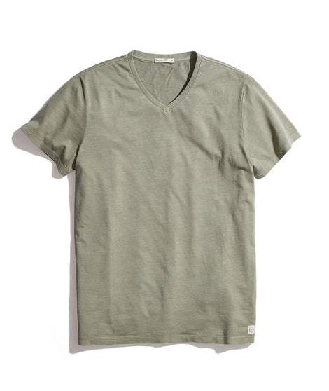 Signature V-Neck Tee in Deep Lichen