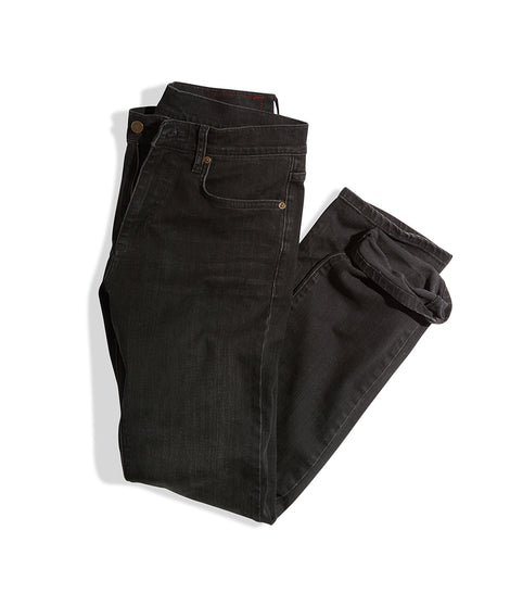 Straight Fit Jean in Washed Black