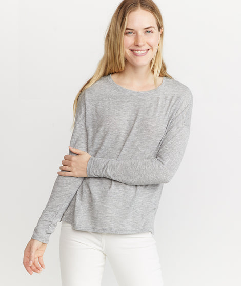 Mona in Long Sleeve Crew in Thin Grey/White Stripe