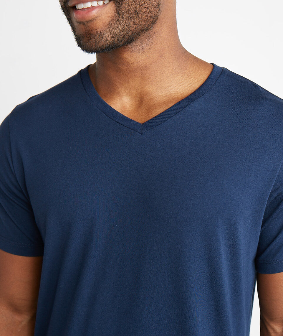Signature V-neck Tee in True Navy