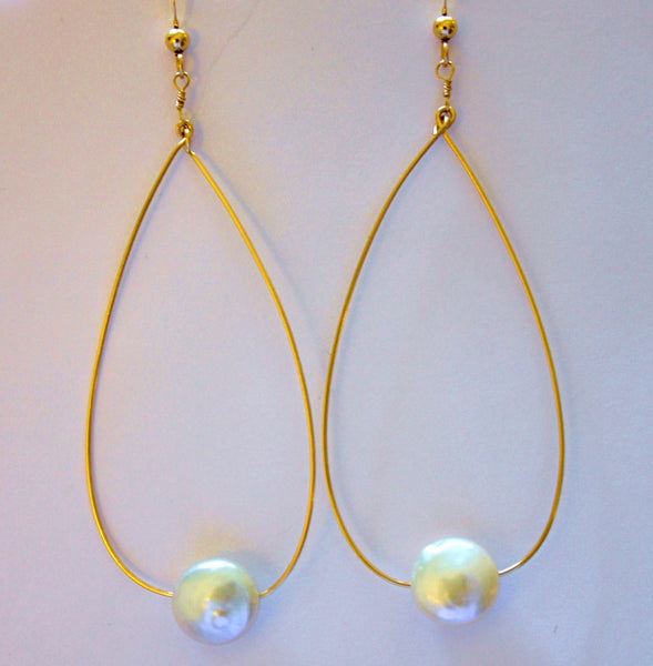 Oval Coin Pearl Earrings