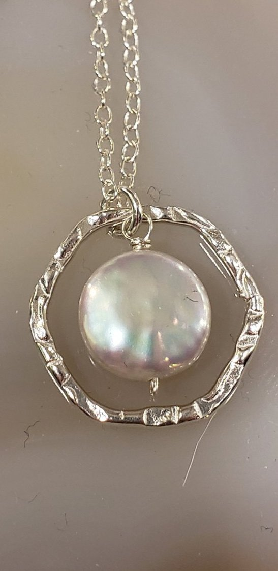 Coin Pearl Framed Necklace