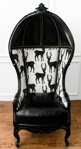 This Baroque style furniture that goes well with any modern interior design is now available in Singapore. An antique reproduction, this majestic bonnet chair carries a grand yet playful demeanor with its antler silhouettes.
